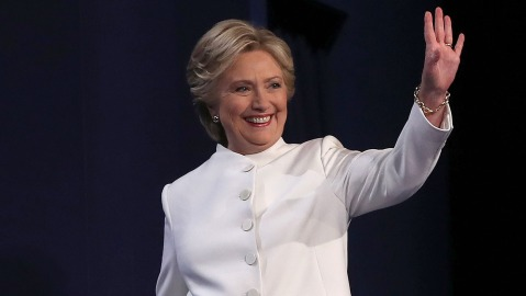 LAS VEGAS, NV - OCTOBER 19: Democratic presidential nominee former Secretary of State Hillary Clinton waves during the third U.S. presidential debate at the Thomas & Mack Center on October 19, 2016 in Las Vegas, Nevada. Tonight is the final debate ahead of Election Day on November 8. (Photo by Justin Sullivan/Getty Images)